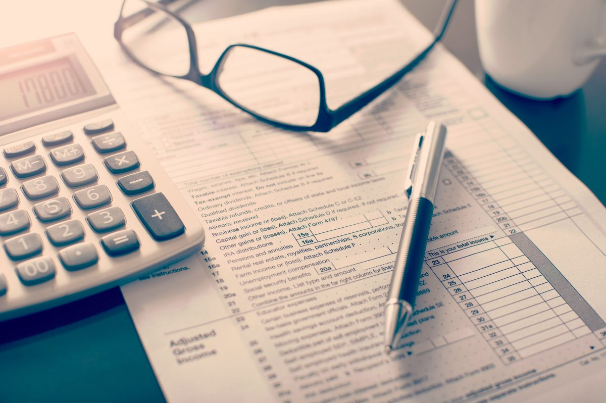 How to Apply for Solar Tax Credits